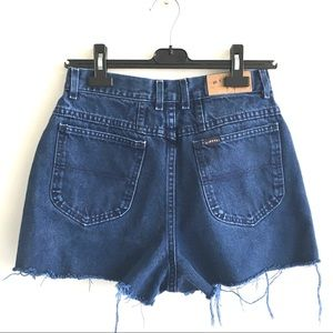 RIDERS Vintage High Waisted Cut Off Denim Short 28